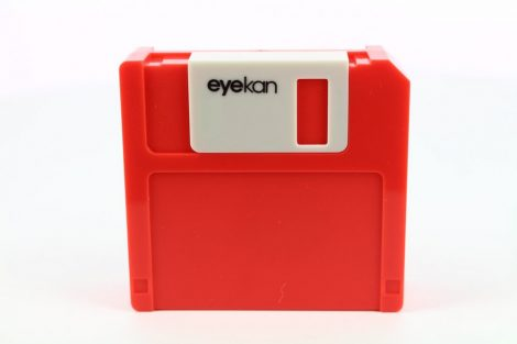 Floppy Disk contact lens storage kit, Color: red